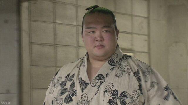 5月の大相撲 横綱の稀勢の里が24日から休む