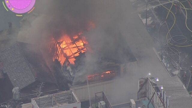 東京の築地場外市場で火事 けがをした人はいなかった