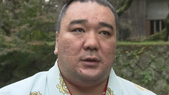 横綱の日馬富士が力士を殴ってけがをさせた疑い
