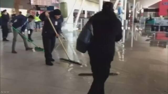 米の記録的寒波 空港では水道管が凍結で破裂も