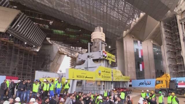 日本支援の新博物館にラムセス2世の巨大な像 エジプト