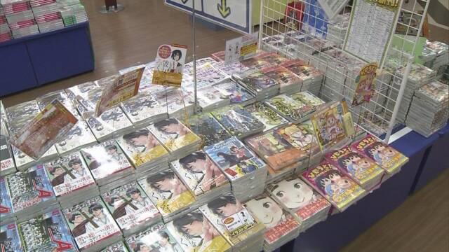 本よりスマホで読む漫画の売り上げのほうが多くなる