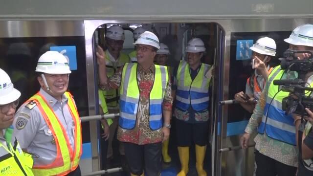 インドネシア初の地下鉄 日本製の車両を初公開