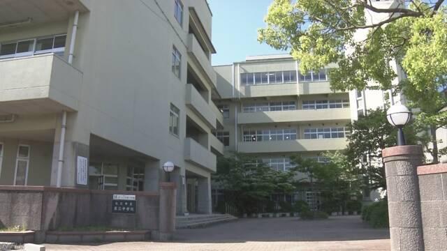 島根県の中学校 先生が足りなくて英語の授業ができなかった