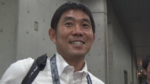 サッカー 日本の代表チームの新しい監督は森保一さん