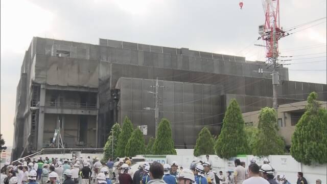 東京都多摩市 つくっているビルの火事で5人が亡くなる