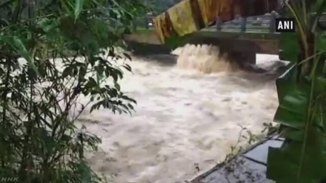 インド 雨が原因で6月下旬から約800人が亡くなる